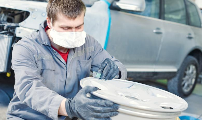 5 Easy Steps to Clean and Polish Your Alloy Wheels