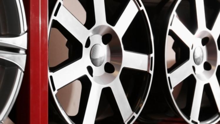 Alloy Wheels vs Steel Rims
